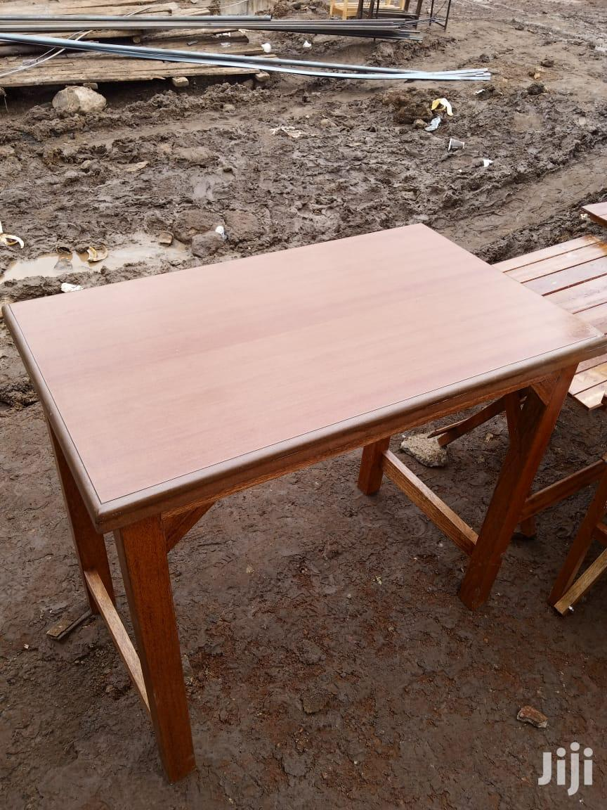 Areading Table