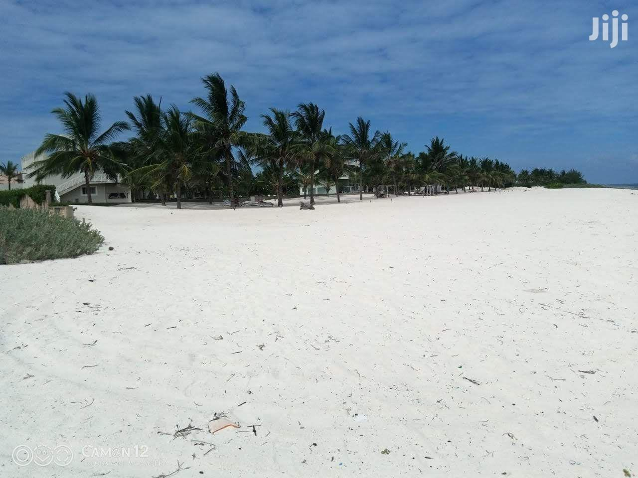 Archive: Renting A 4 Bedrooms Front Beach Apartments, Malindi