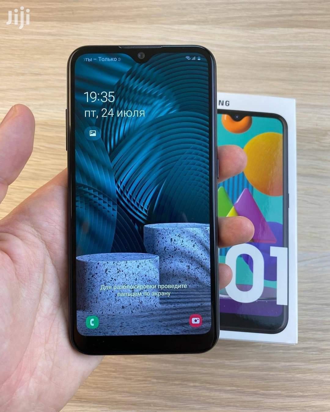 New Samsung Galaxy M01 32 GB Black