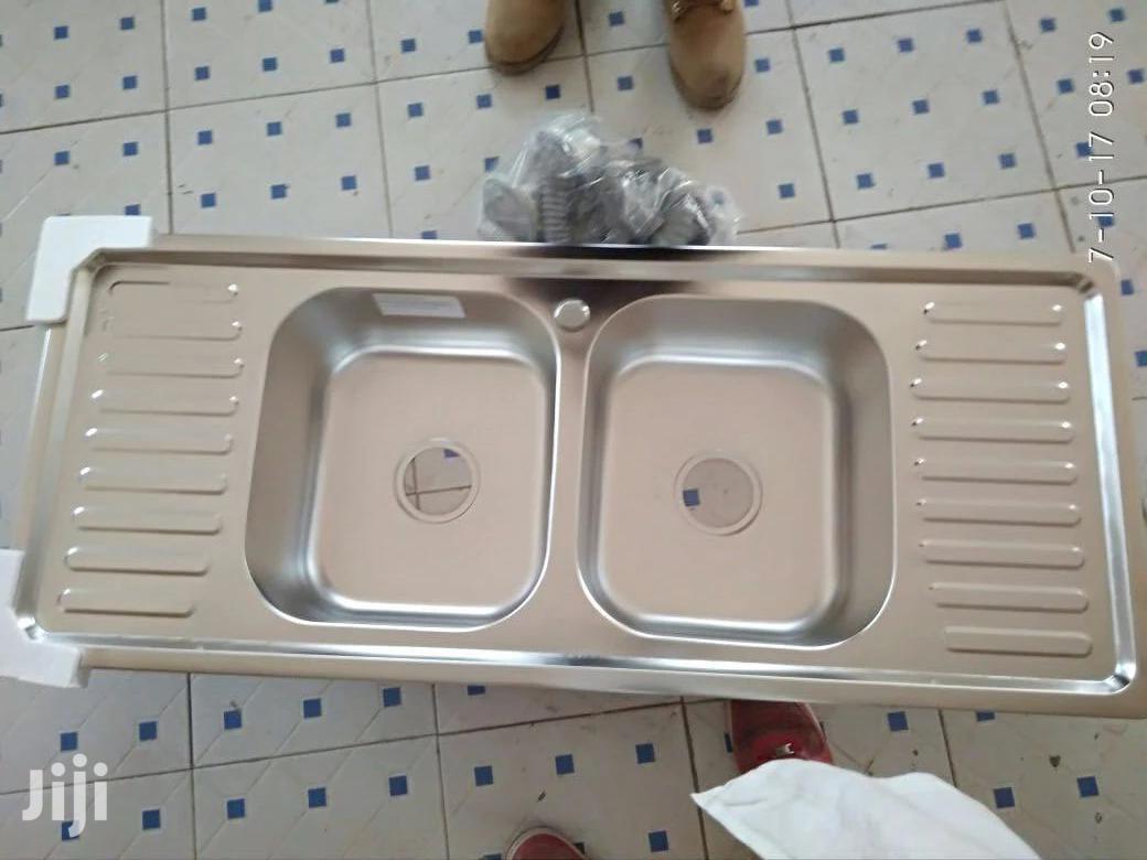 Heavy Sinks