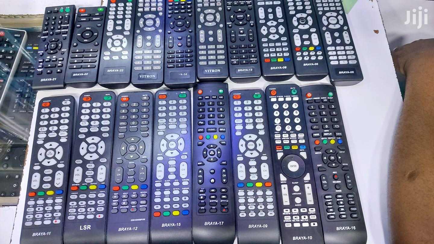 Assorted All Tv And Electronics Remotes