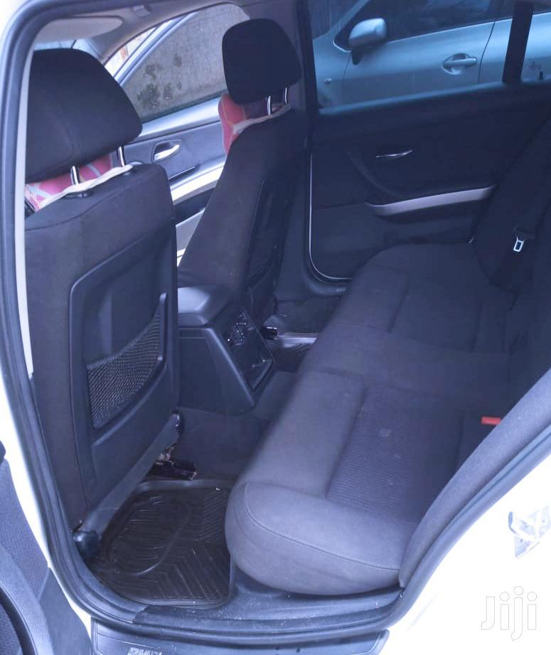 Archive: BMW 320i 2011 White