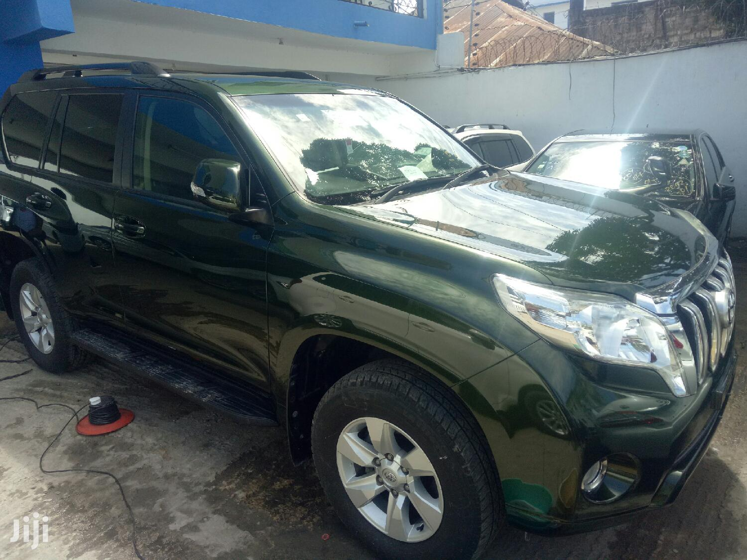Toyota Land Cruiser Prado 2014 Green