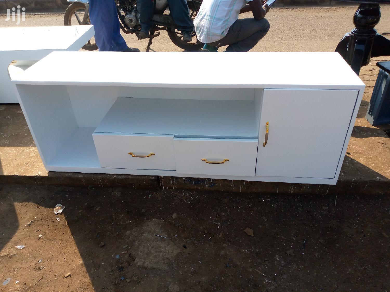 Tv Stands, Shoe Rack, Dressing Mirror | Furniture for sale in Kahawa, Nairobi, Kenya