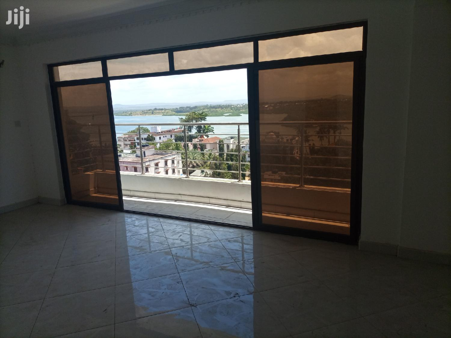 Tudor For Sale:4br Seaview Brand New All Ensuite Flat. | Houses & Apartments For Sale for sale in Tudor, Mombasa, Kenya