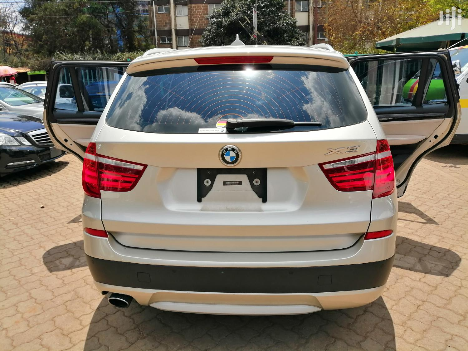 Archive: BMW X3 2013 Gold