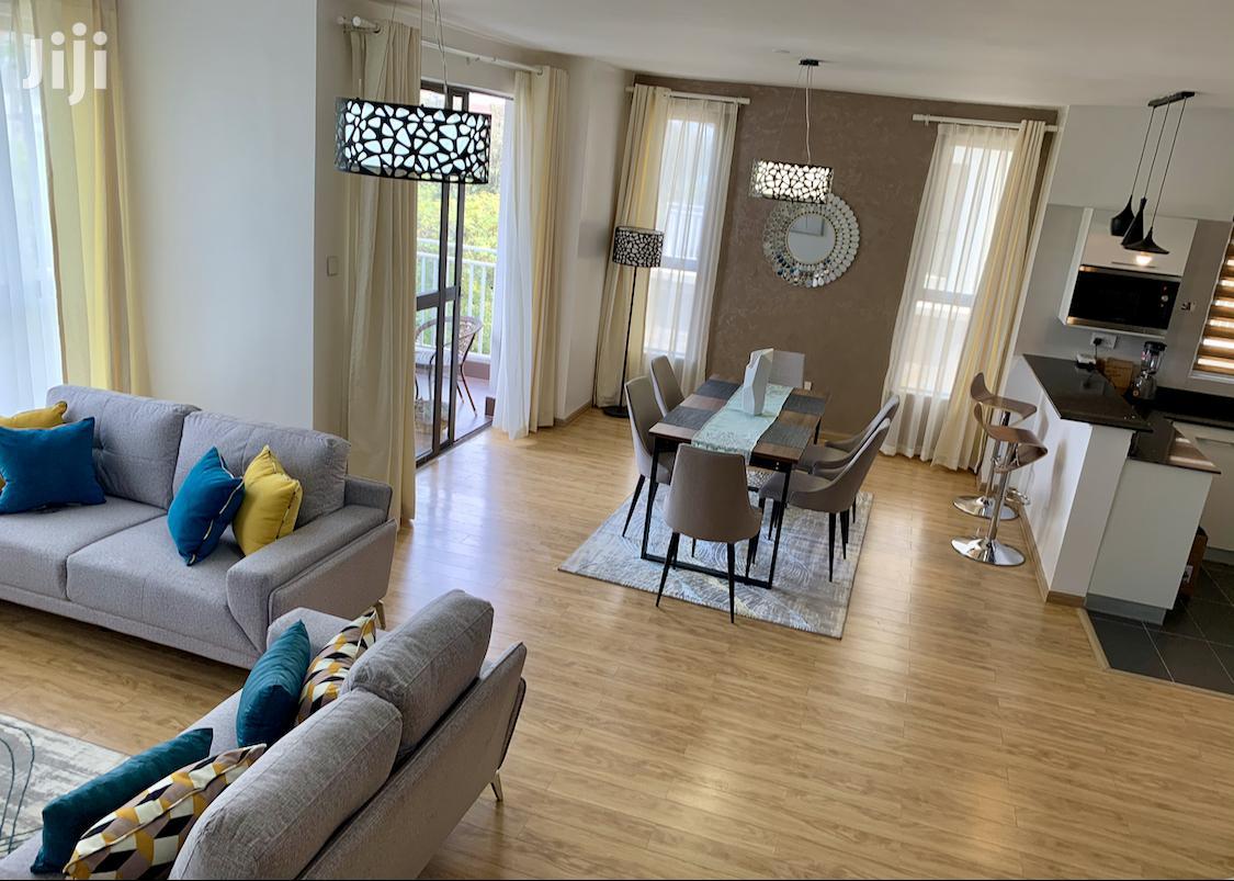 Stunning Serviced 2 Bedroom (Ensuite) Duplex Apartment