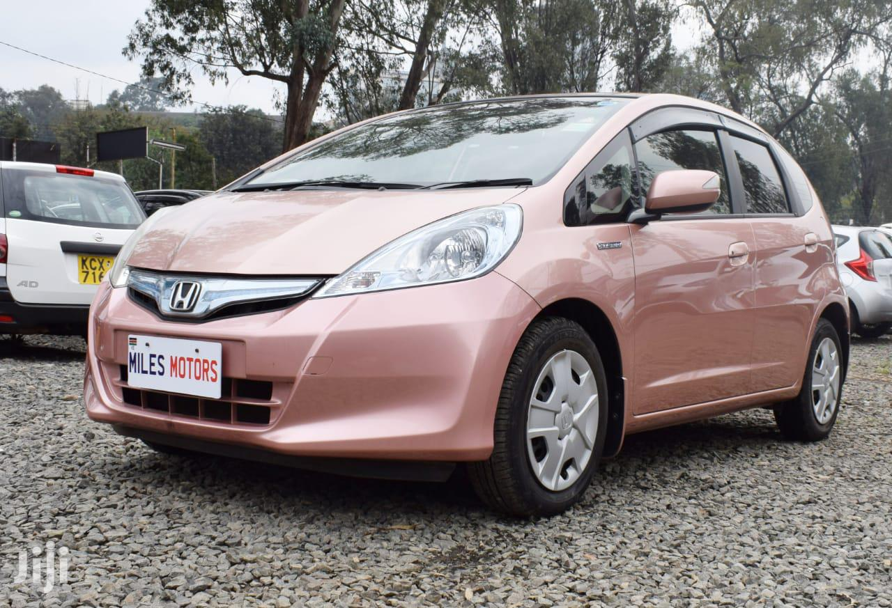 Archive: Honda Fit 2012 Pink