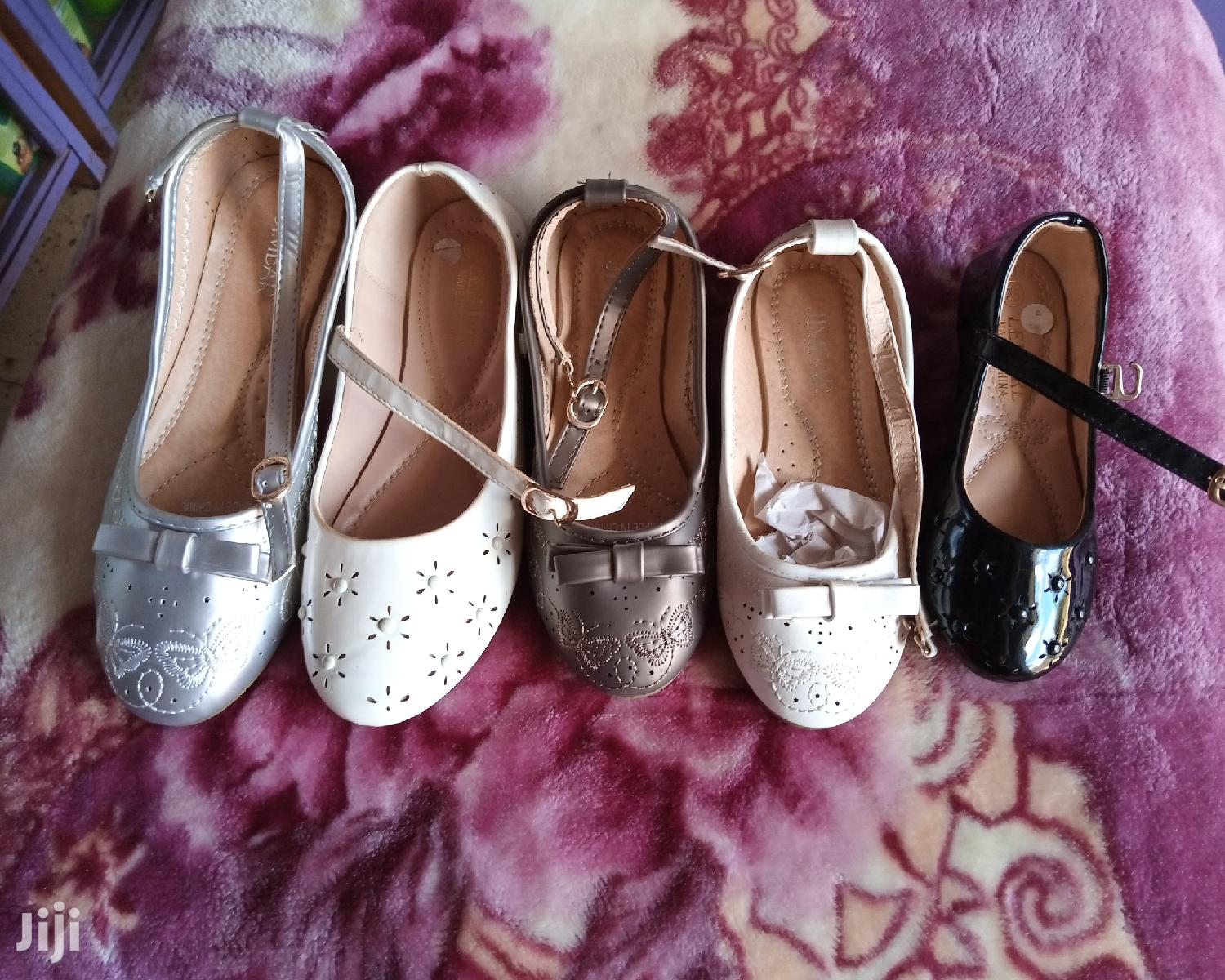 Archive: Girls' Flat Shoes