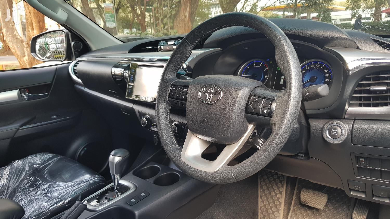 Toyota Hilux 2017 SR 4x4 Gray | Cars for sale in Nairobi Central, Nairobi, Kenya