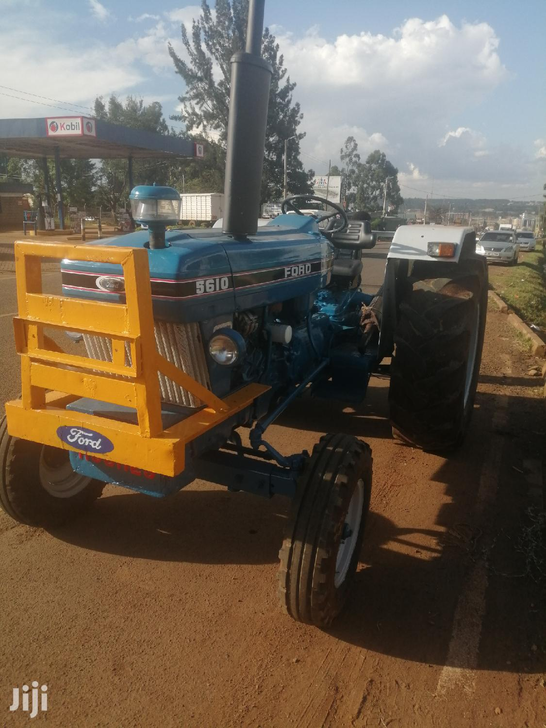 Archive: FORD 5610 Tractor