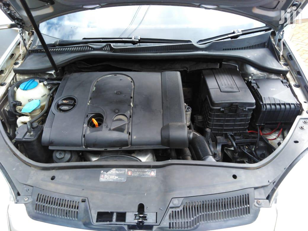 Archive: Volkswagen Golf 2005 Silver