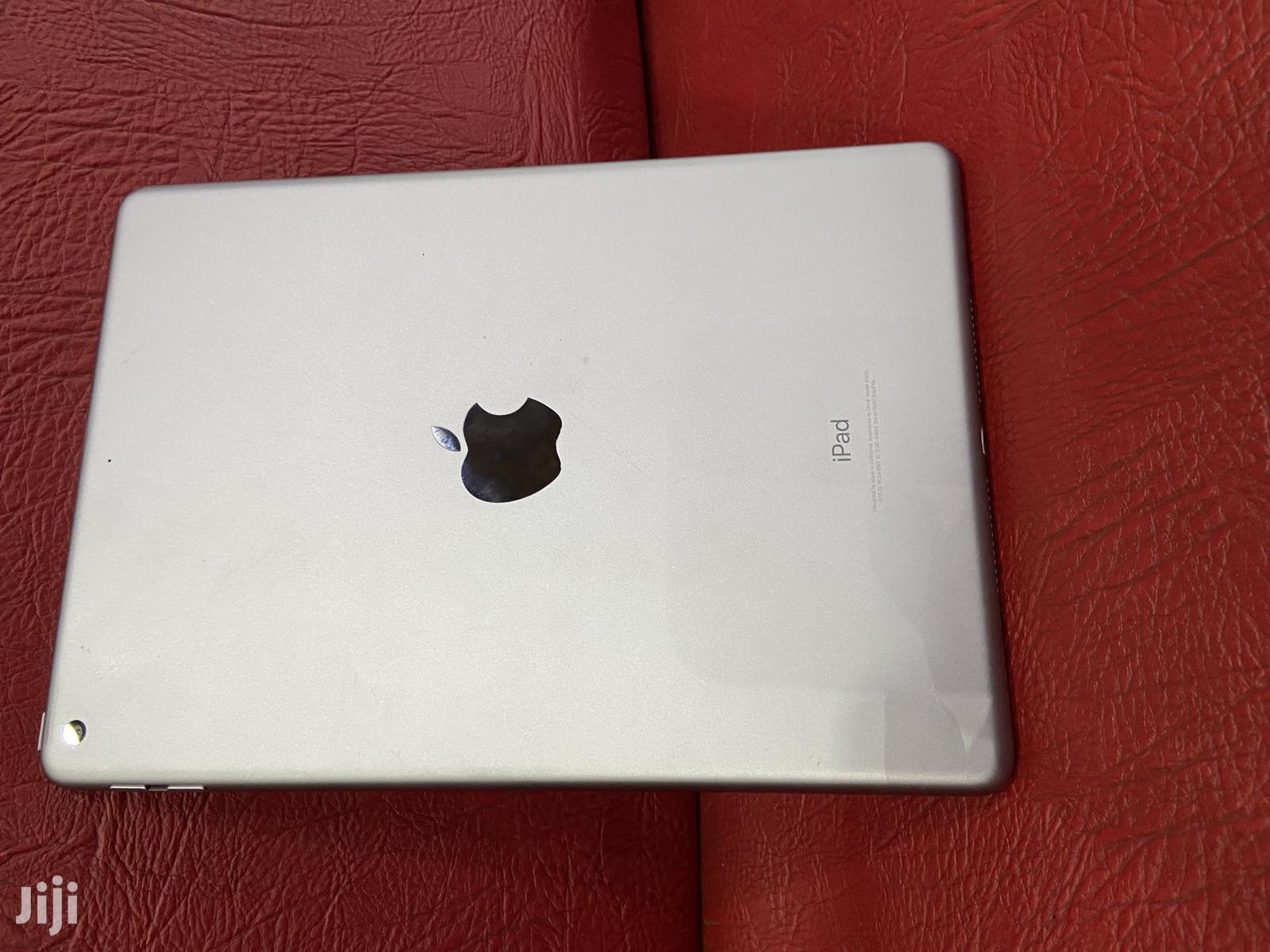 New Apple iPad 9.7 128 GB Silver   Tablets for sale in Nairobi Central, Nairobi, Kenya