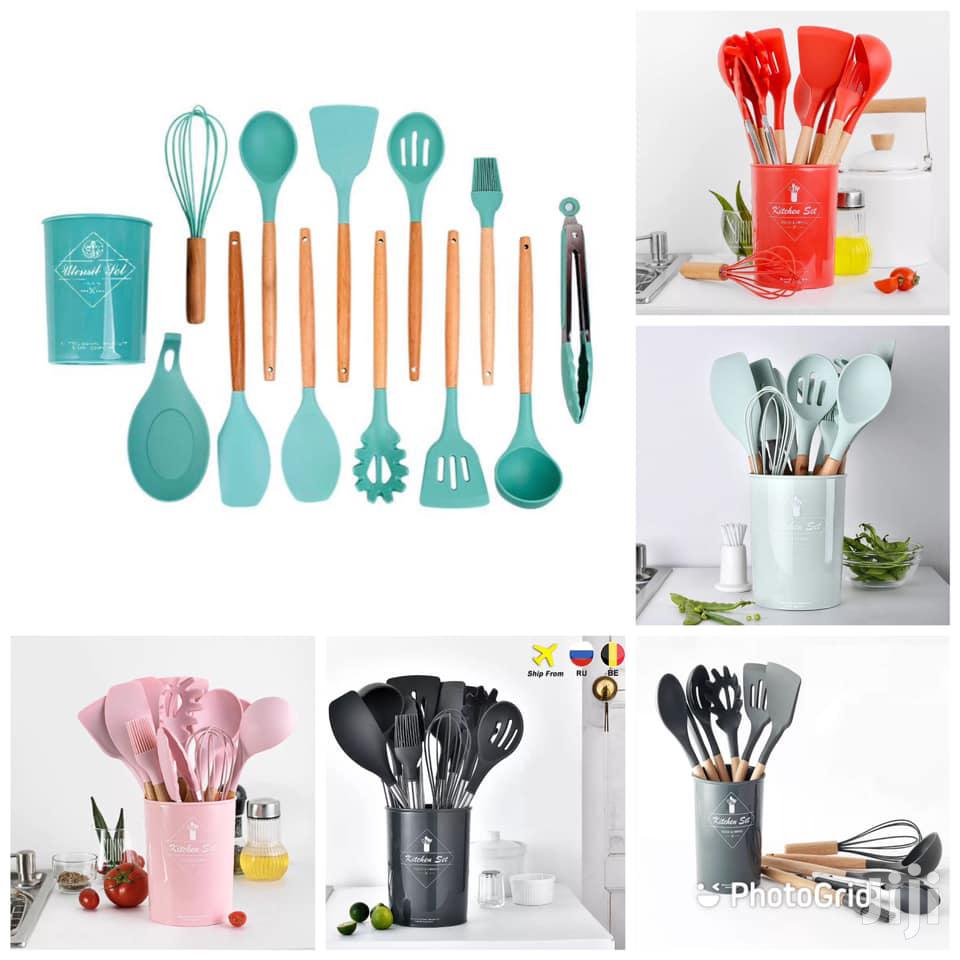 11pcs Silicone Kitchen Set With Wooden Handle