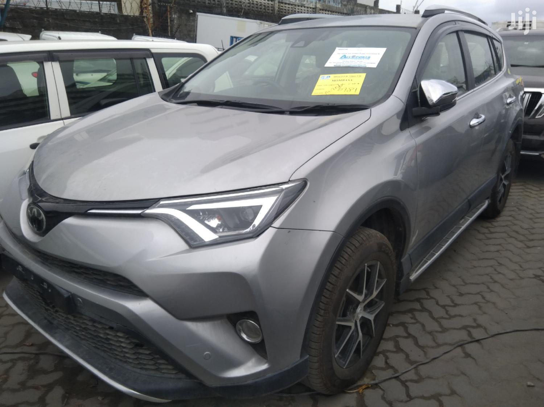 Toyota RAV4 2018 Gray