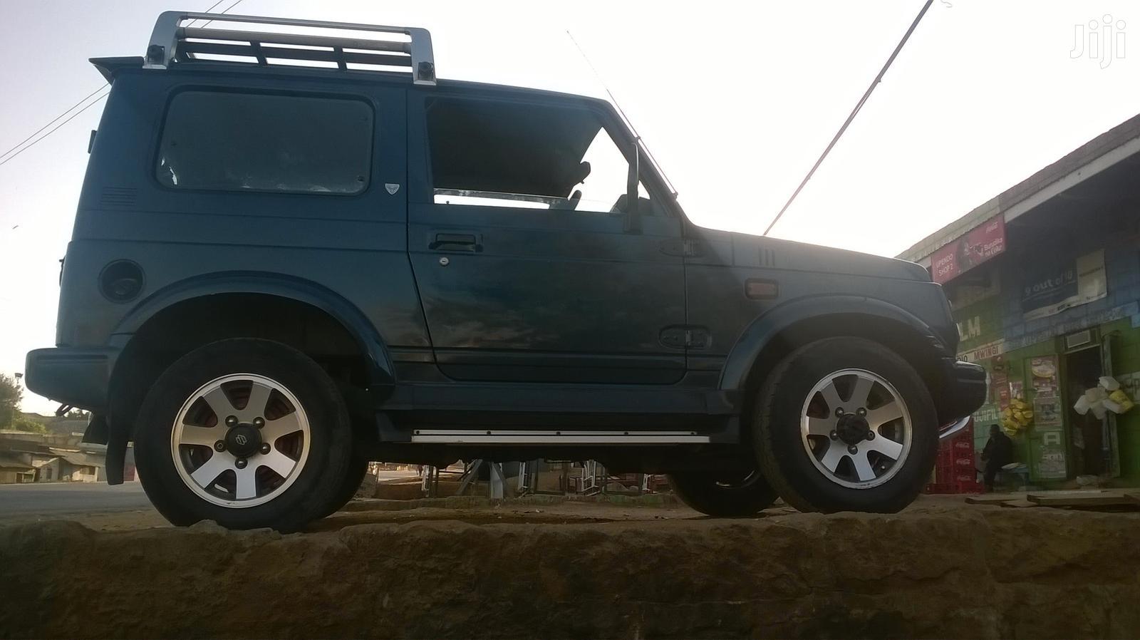 Archive: Suzuki Sierra 1997 Green