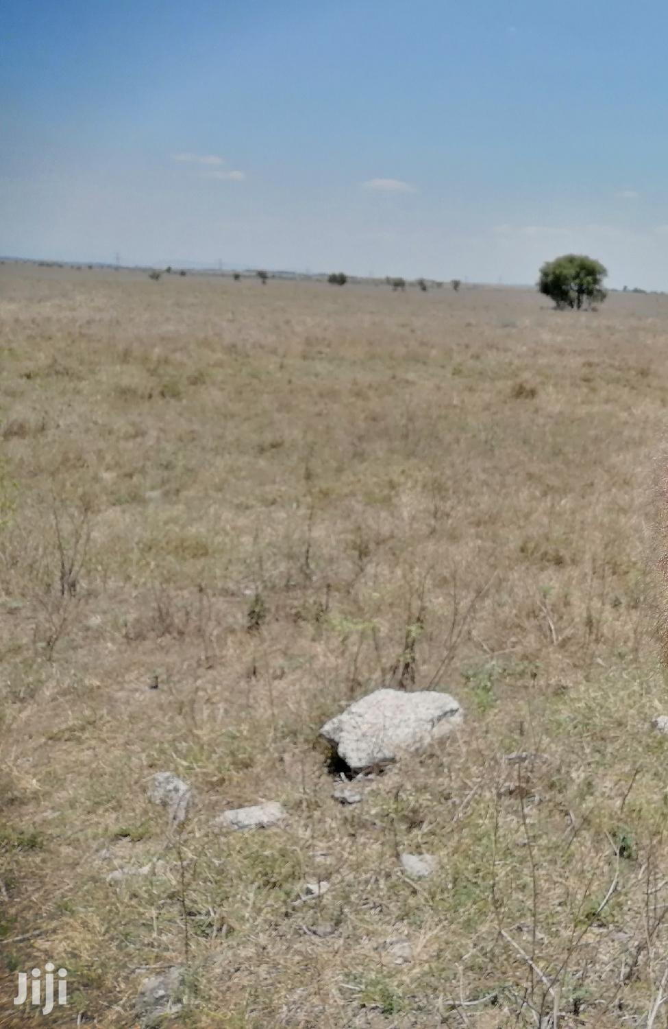Archive: 100acres Touching Pipeline Isinya Road