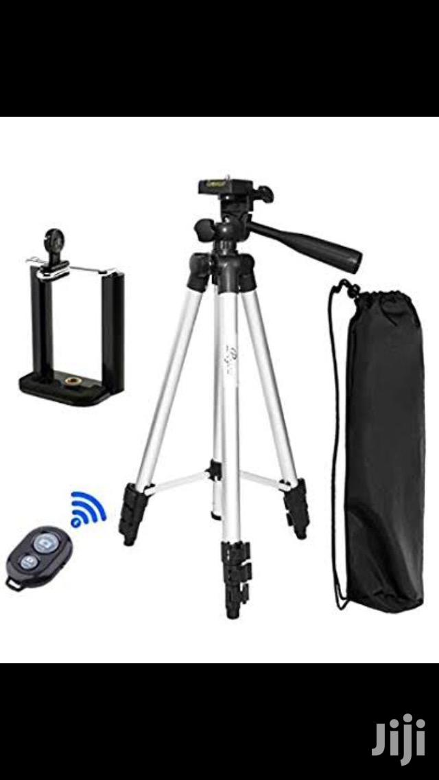 Portable And Foldable Tripod With Remote Photo Clicker   Accessories for Mobile Phones & Tablets for sale in Mvita, Mombasa, Kenya