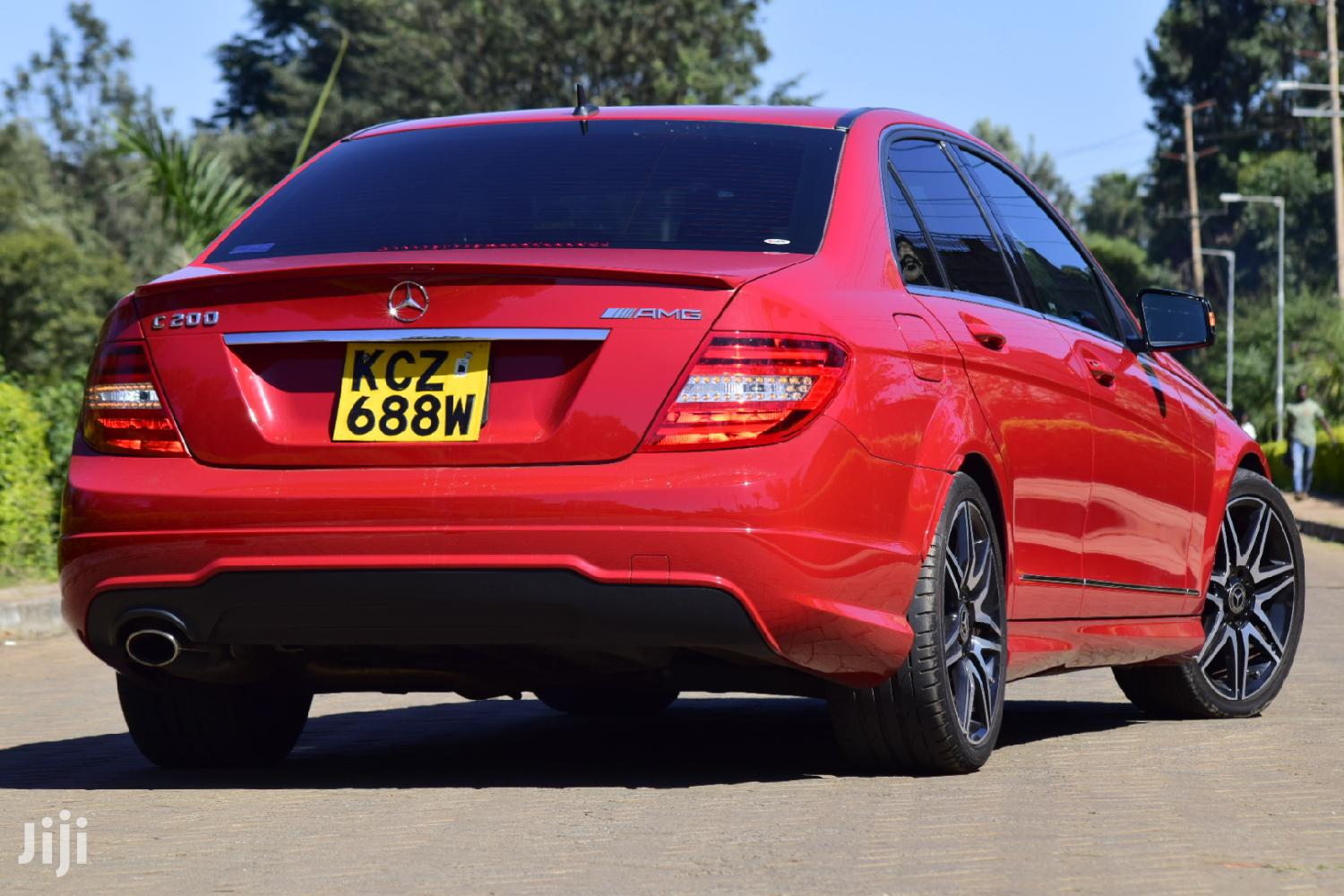 Mercedes-Benz C200 2013 Red