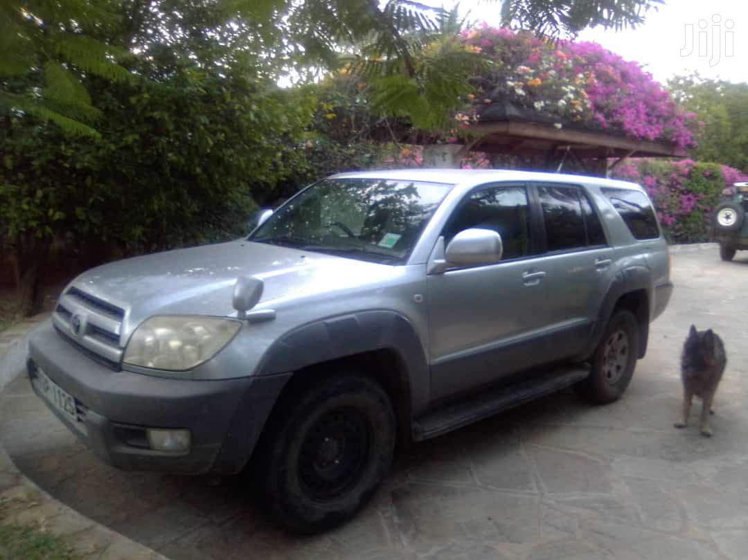 Archive: Toyota Surf 2004 Gray