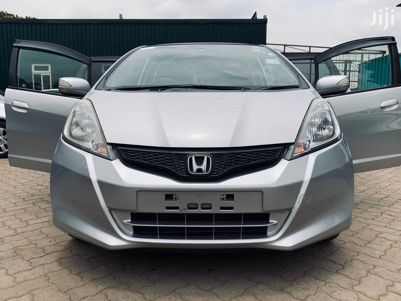 Honda Fit 2012 Silver