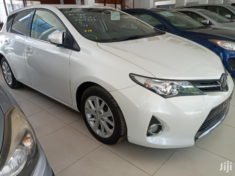 Toyota Auris 2013 White