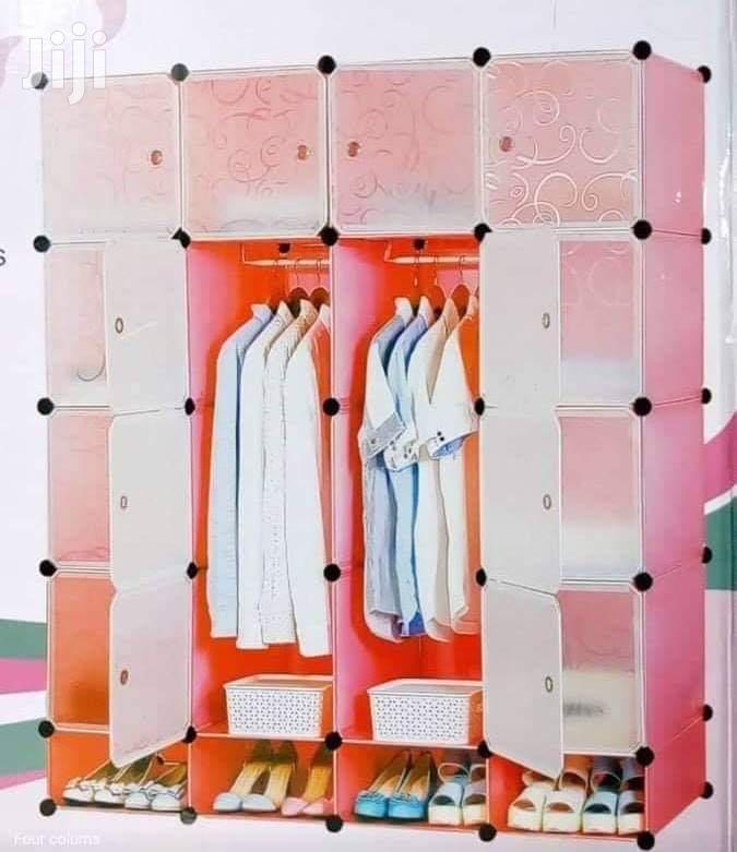 Modern Design Durable Plastic Wardrobe Available