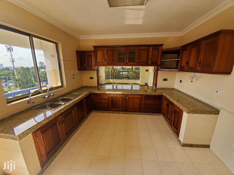 Executive 4 Bedrooms Apartment Forsale Kizingo | Houses & Apartments For Sale for sale in Mvita, Mombasa, Kenya