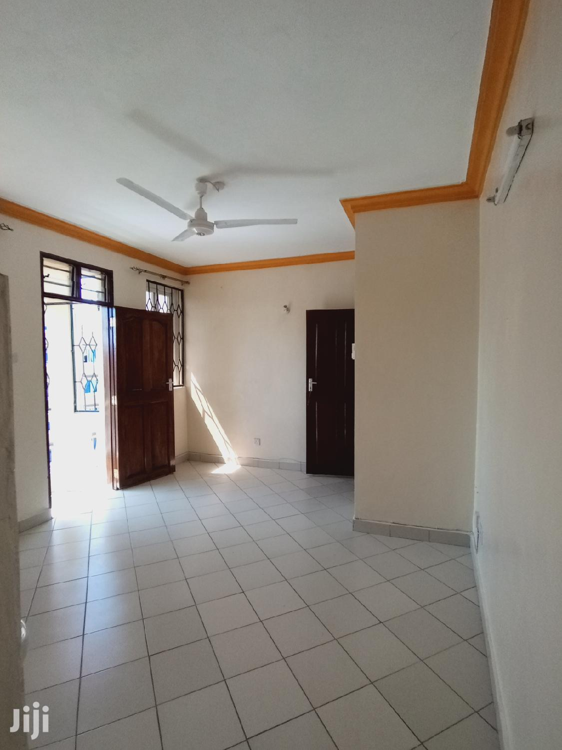 Archive: Executive One Bedroom to Rent