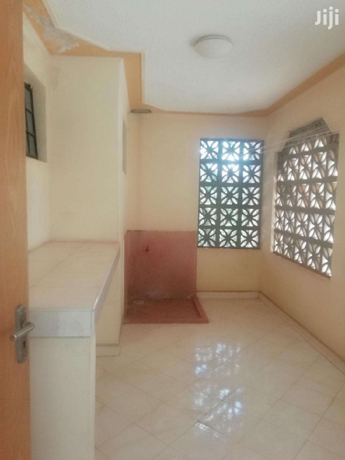 Elegant;3brs Apartment All Ensuite And Very Secure | Houses & Apartments For Rent for sale in Kileleshwa, Nairobi, Kenya