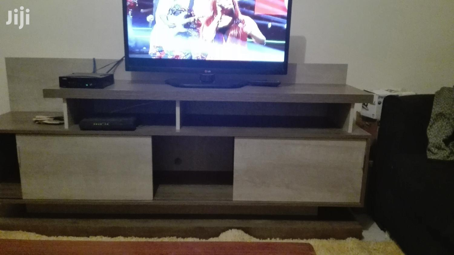 Archive: TV Stand With Sliding Doors