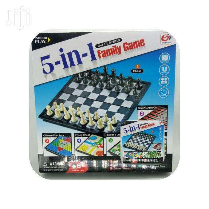 Archive: 5 in 1 FAMILY BOARD GAMES