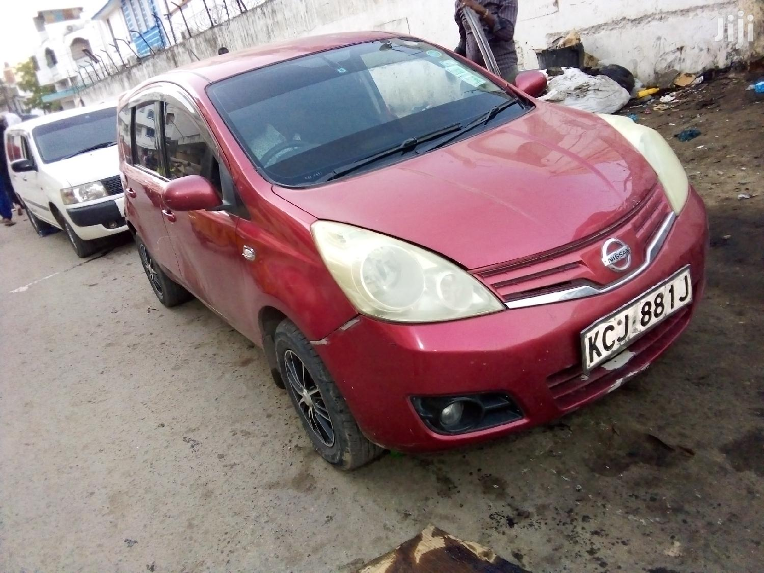 Nissan Note 2010 1.4 Red