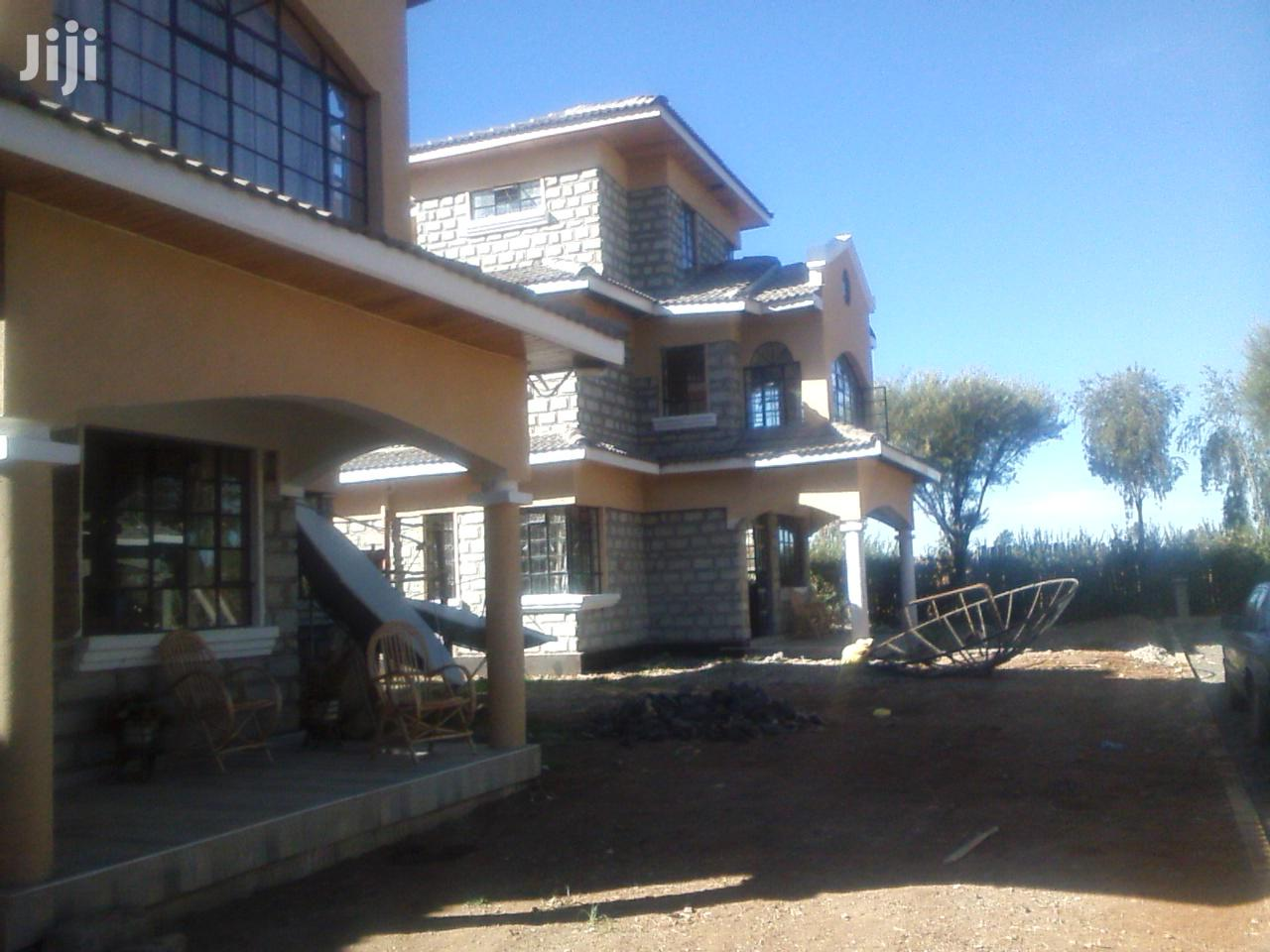 TOWN Villas 5 Bedroomed All En-Suite in a Secure Environs of ELGON V