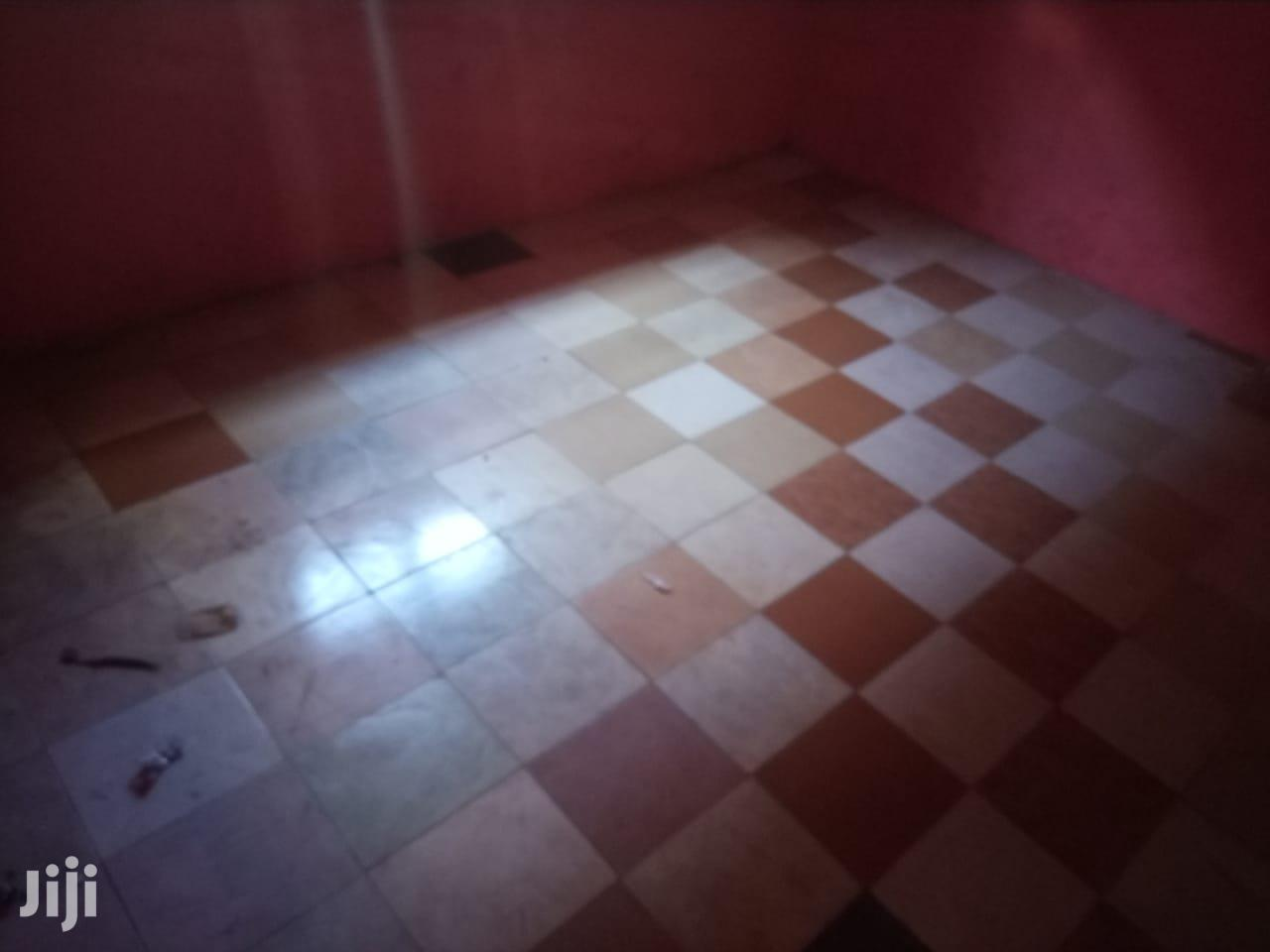 Spacious Single Rooms To Let At Mlaleo Stage (Ref Hse 427)