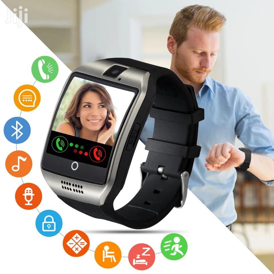 Q18 Smart Watch Phone With Simcard Slot