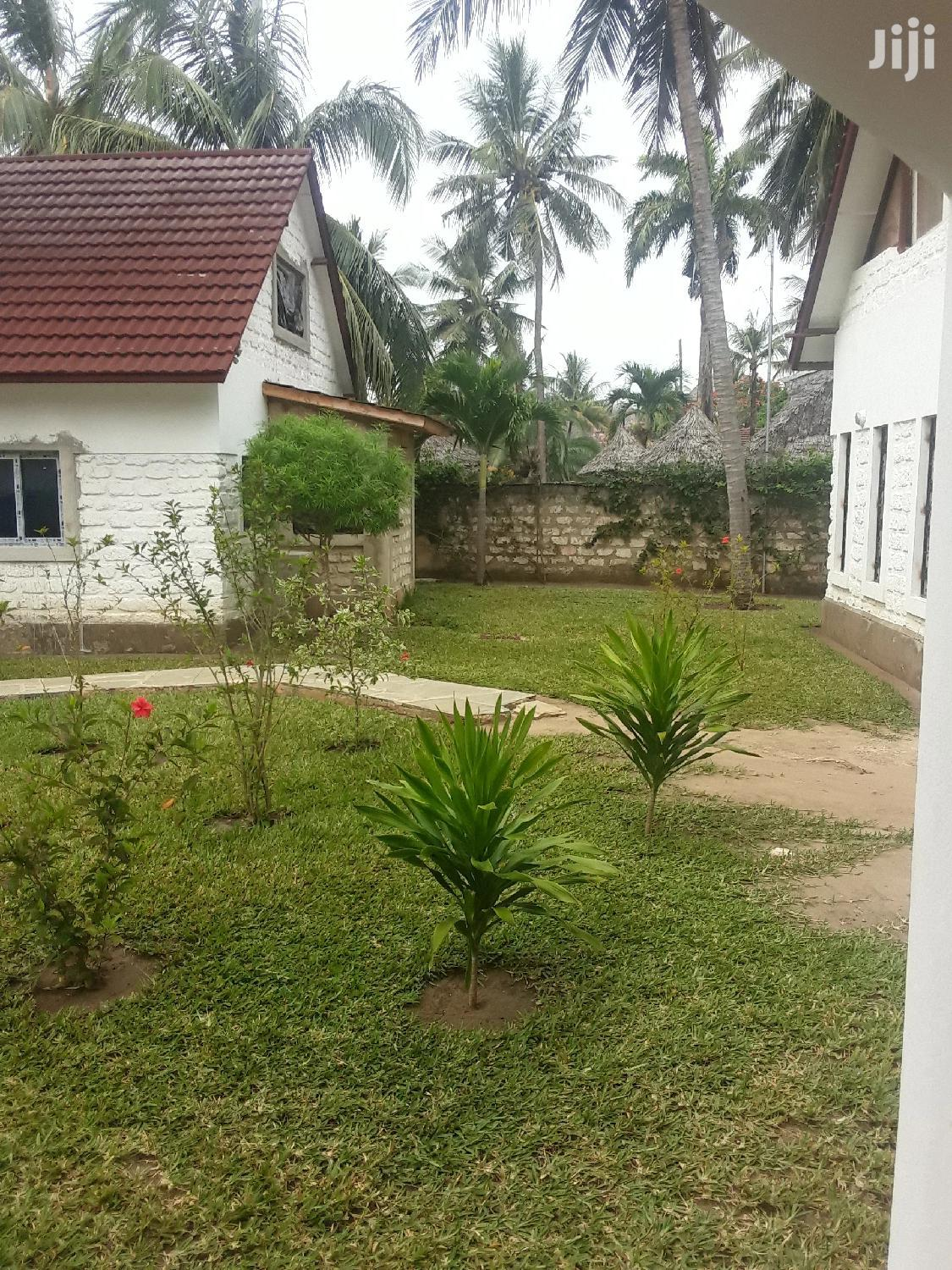 Archive: Beach Villas And Apartments For Let In Diani Beach.