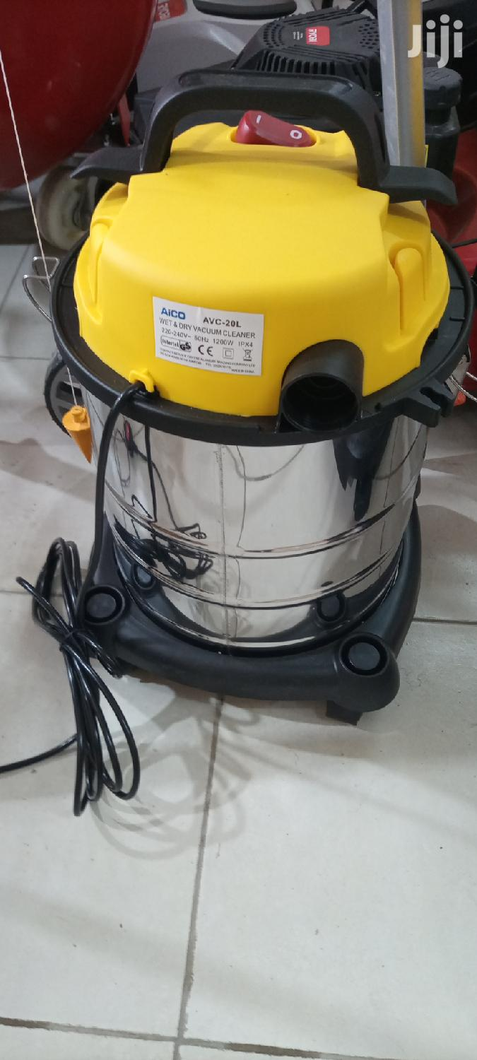 20ltrs Wet and Dry Vacuum Cleaner