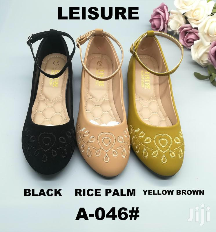 Ladies Shoes All Types-wholesale Prices Leisure Category