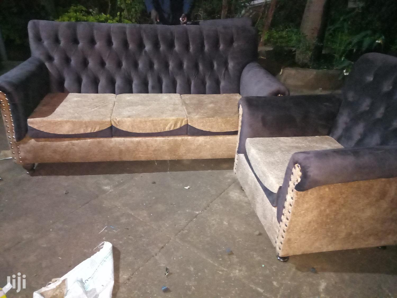 Archive: Sofa Repair