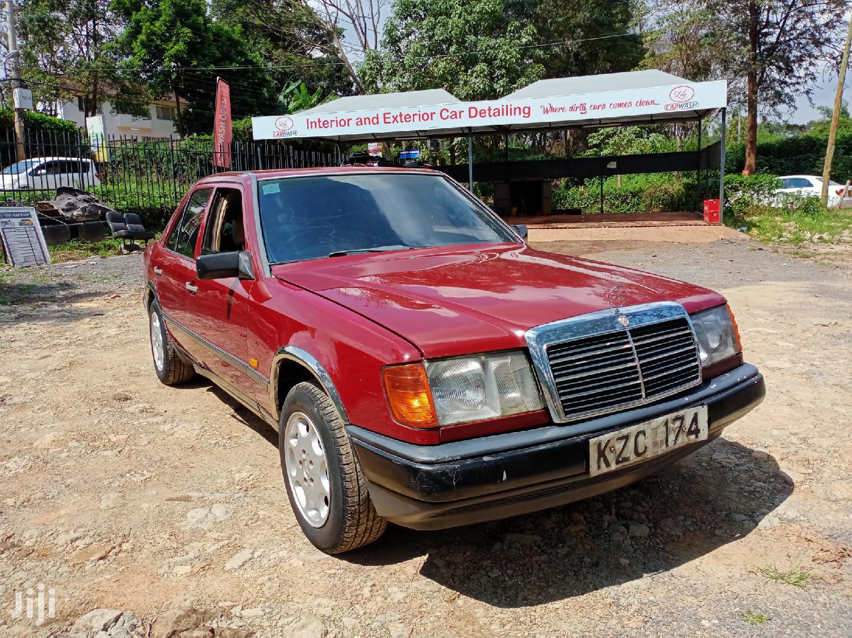 Mercedes-Benz C200 1989 Red