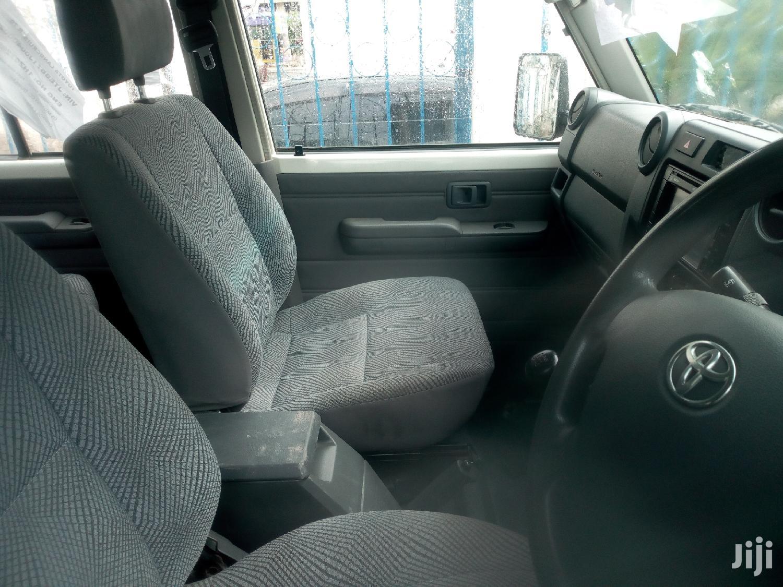 Toyota Land Cruiser 2013 White | Cars for sale in Mvita, Mombasa, Kenya