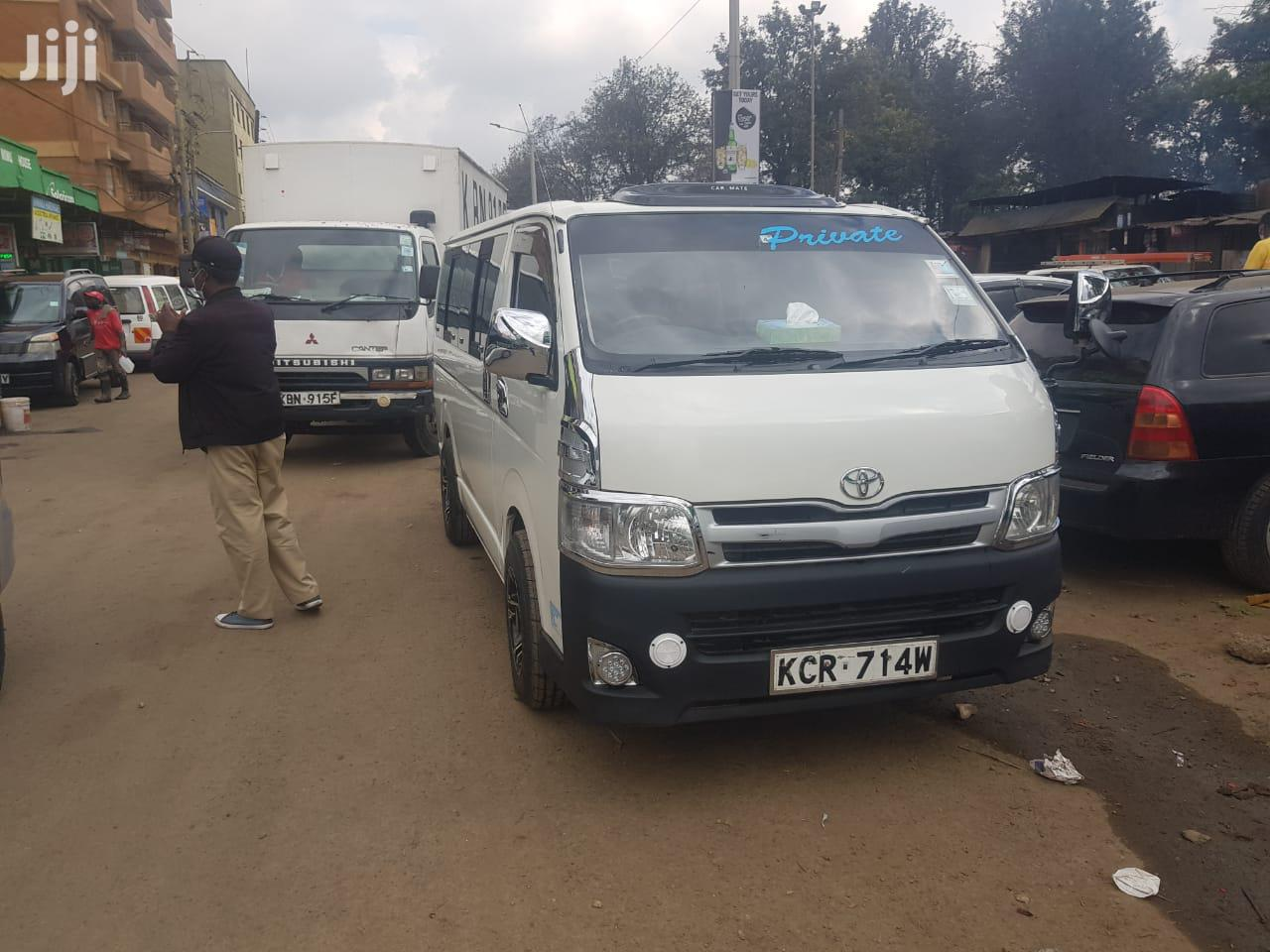 Archive: Toyota Hiace 7L Auto Diesel 2012 White For Sale