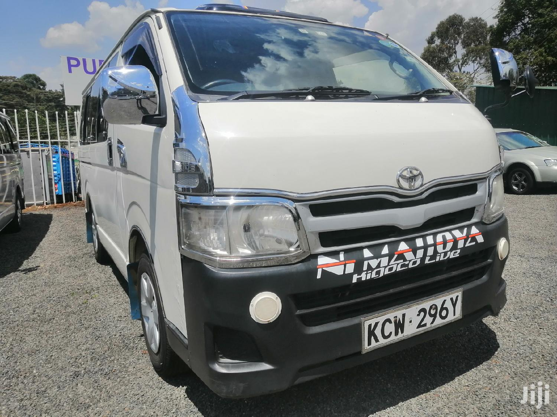Archive: Toyota HiAce 2011 White