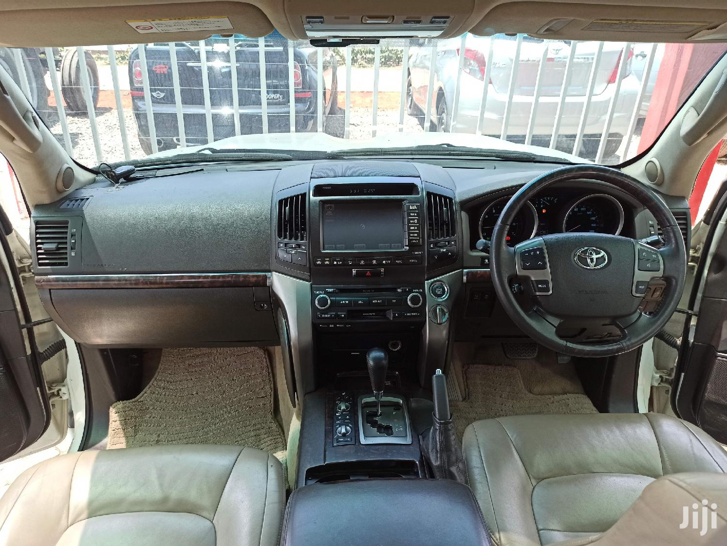 Toyota Land Cruiser 2011 White | Cars for sale in Kilimani, Nairobi, Kenya