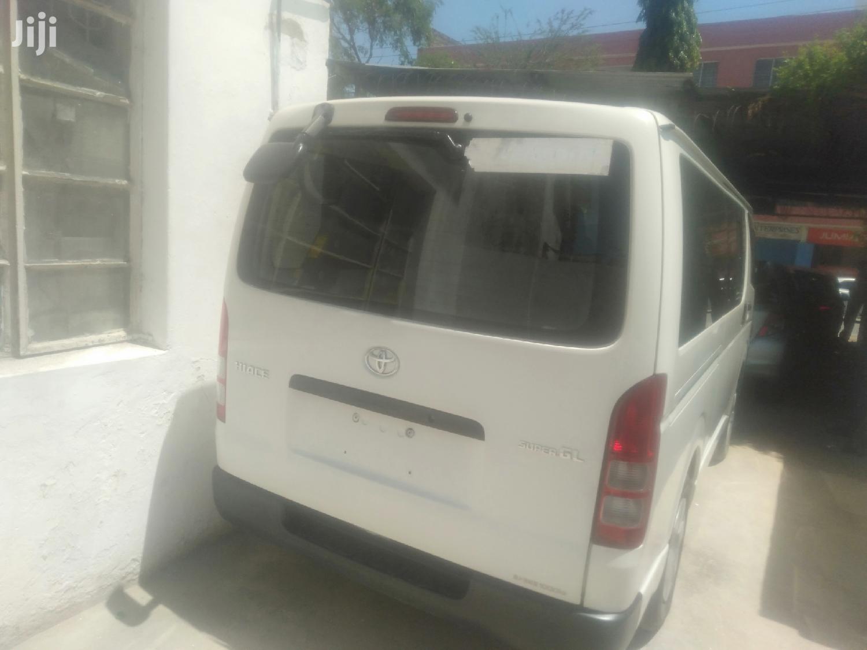 Toyota Hiace Automatic Diesel | Buses & Microbuses for sale in Mvita, Mombasa, Kenya