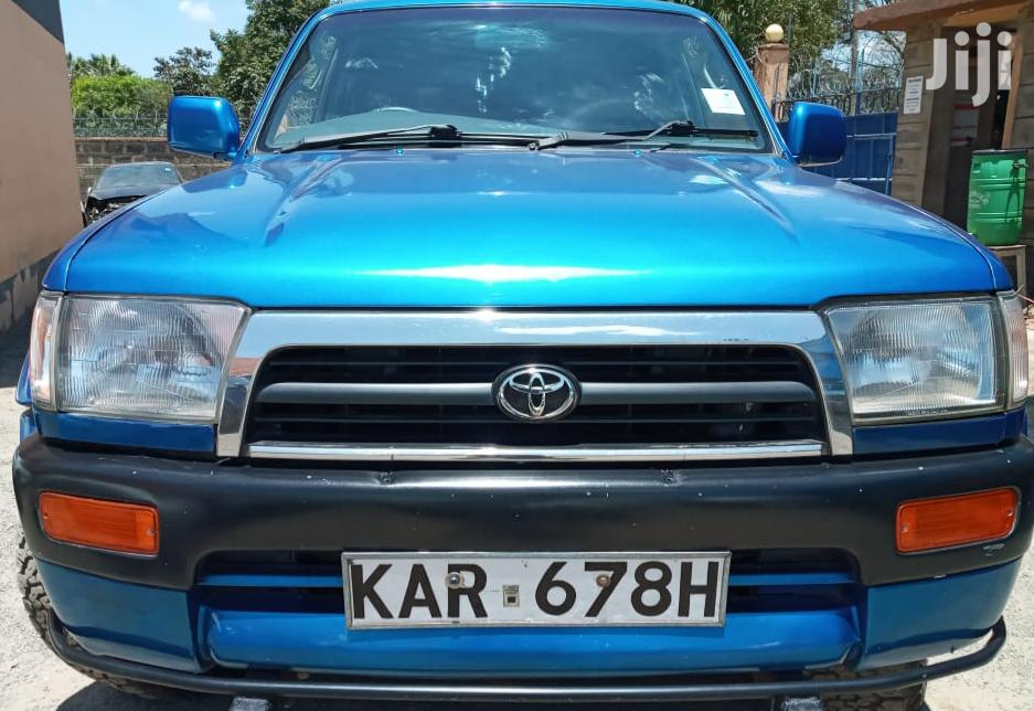 Toyota Hilux 1997 Blue