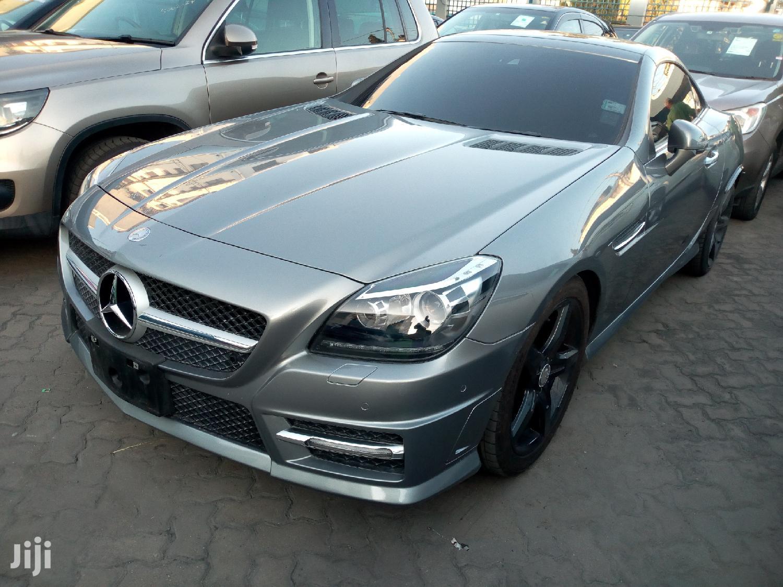 Mercedes-Benz E200 2011 Gray