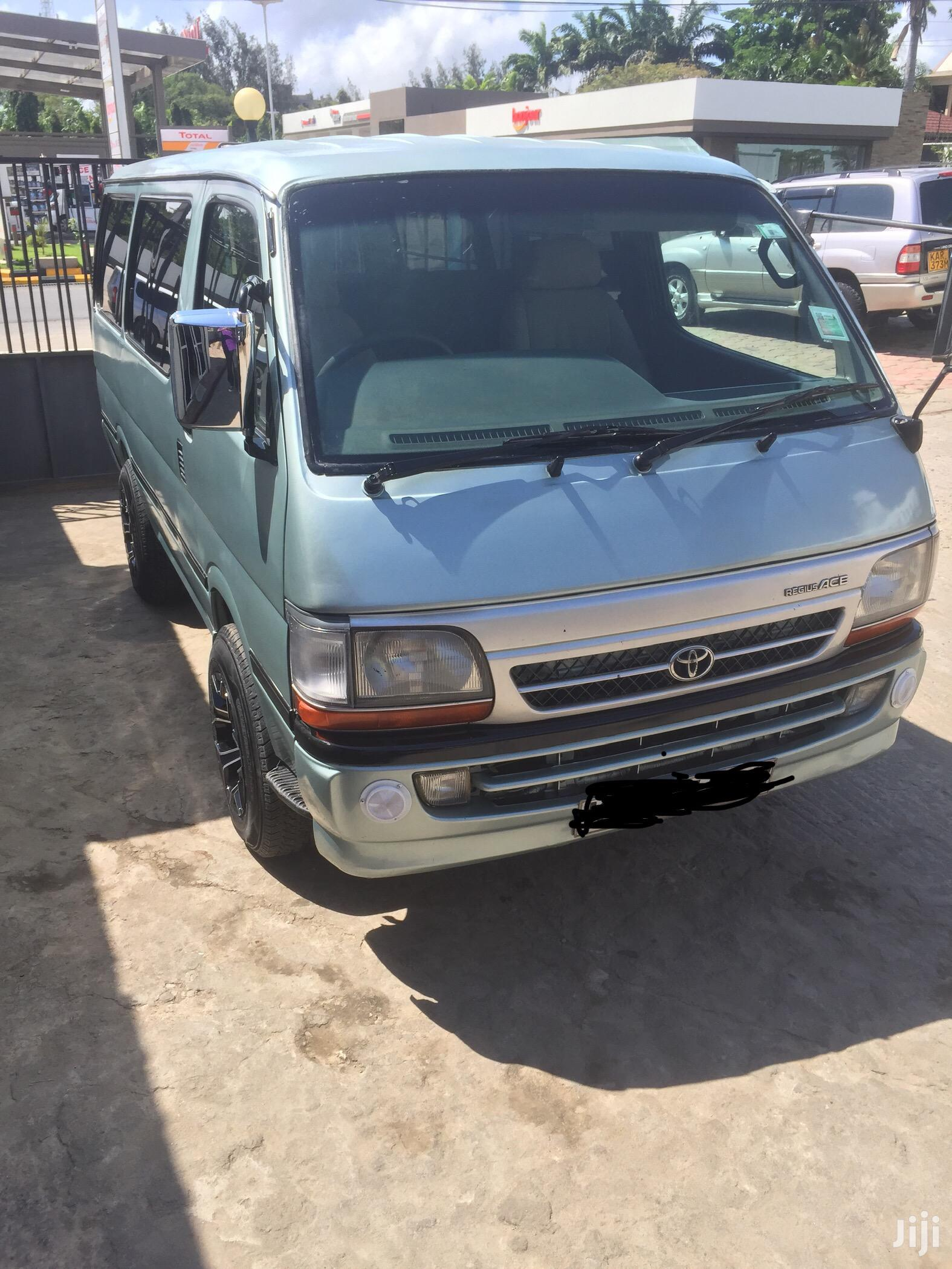 Toyota Hiace 2008 Green | Buses & Microbuses for sale in Nyali, Mombasa, Kenya