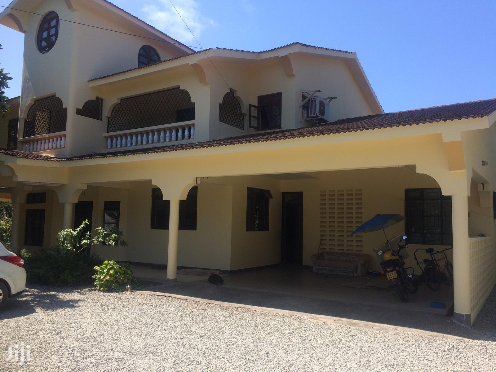 Archive: 5 Bedroom Own Compound to Let